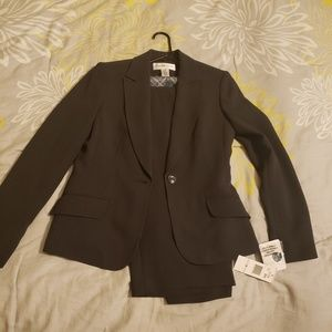 Jones New York 2 pc pant suit